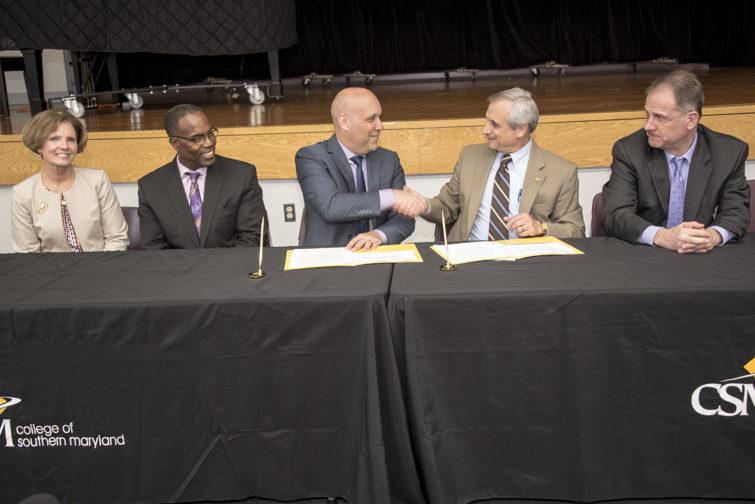 AVIAN, CSM sign agreement