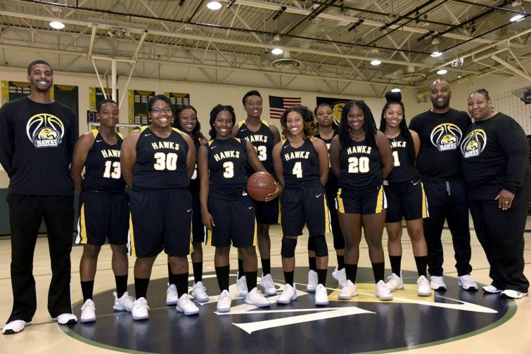 CSM's 2017-18 Women's Basketball Team